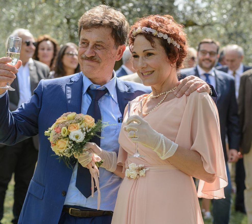 Massimo Wertmuller sposa la storica compagna Anna: tra gli ospiti Proietti  e Laganà