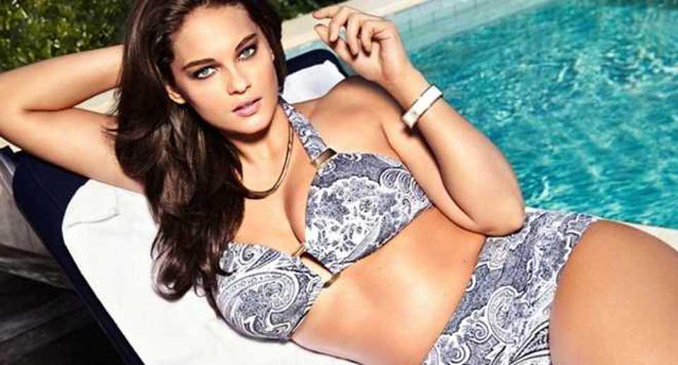 Costumi Da Bagno Per Ragazze 13 Anni : H m modella curvy per i bikini estivi foto
