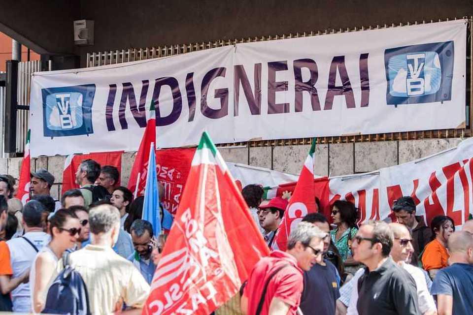 Rai, sciopero e presidi in tutta Italia: dirette saltate e palinsesto in  tilt