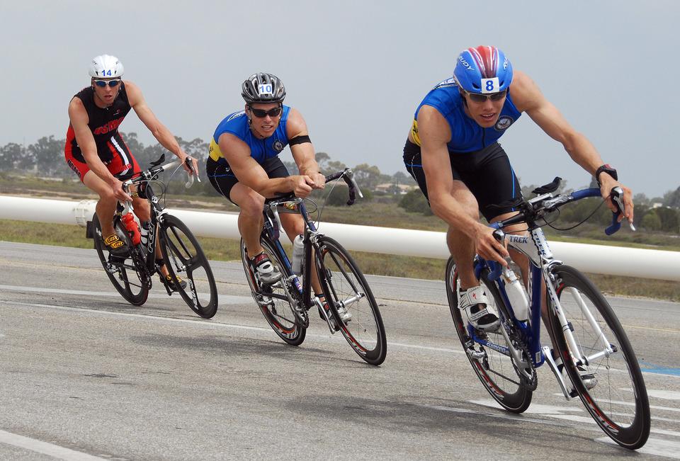 Risultati immagini per triathlon