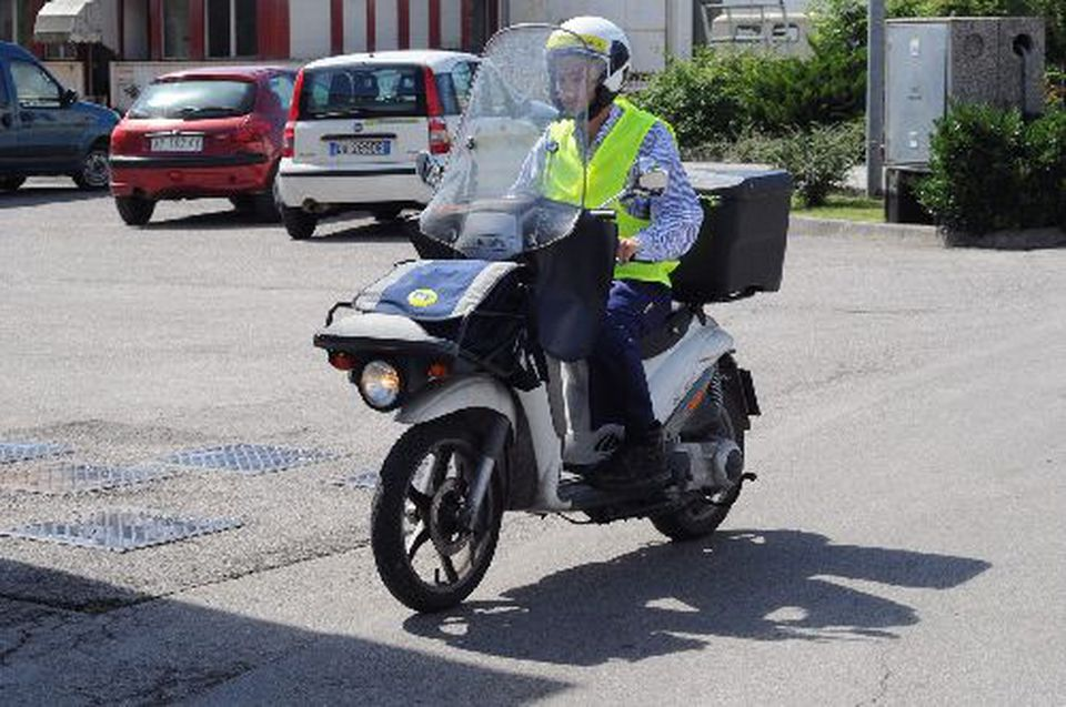 Cagliari: Posta Power Cerca addetti alla distribuzione posta in scooter