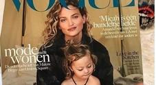 La modella Amanda Booth in copertina su Vogue insieme al figlio Micah