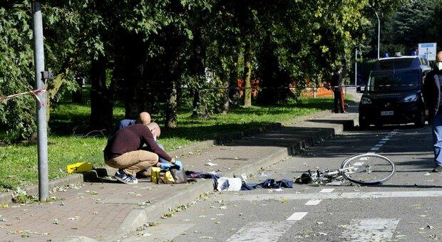 Buccinasco, agguato e spari in strada: ferito gravemente un 60enne