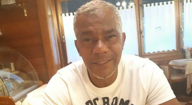 Luis Arton Oliveira Barroso, 52 anni