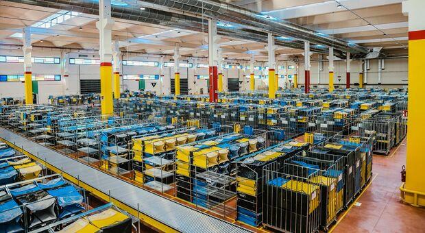 Amazon, nuovo centro a Roncade: «Dei 1.400 lavoratori assunti ne resteranno solo 424»