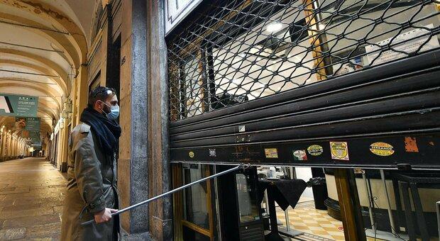 Covid Italia, crollano le assunzioni: 800 mila in meno, tsunami su bar e hotel