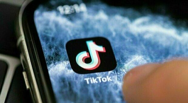 Milk Crate Challenge, l'ultima pericolosa sfida dei social: TikTok rimuove hashtag e video sul tema