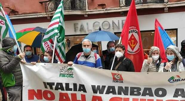 Una delle numerose manifestazione dei lavoratori di Acc