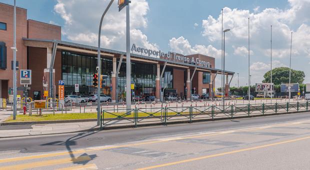 All'aeroporto Canova di Treviso verrà allestito un punto tamponi per i passeggeri in arrivo