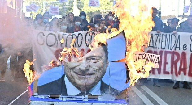 No Green pass, nuove proteste: governo preoccupato, Copasir convoca Lamorgese