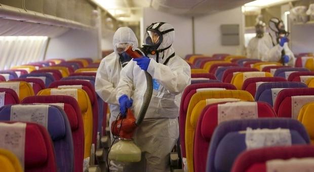 Covid, 9 positivi sul volo di ritorno da Malta: tutti i passeggeri in quarantena. In isolamento anche chi ha Green pass