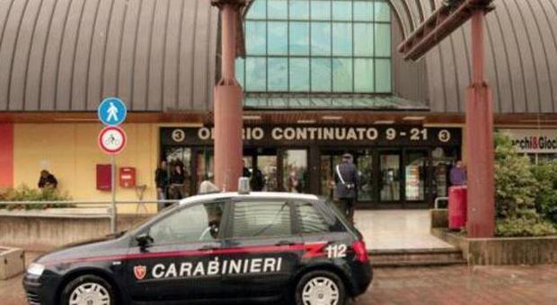 Rubava smartphone e tablet e li rivendeva a prezzi stracciati - Giardini del sole castelfranco ...