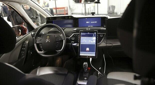 Cina, test veicoli senza conducente in autostrada: apertura graduale di nuovi tratti