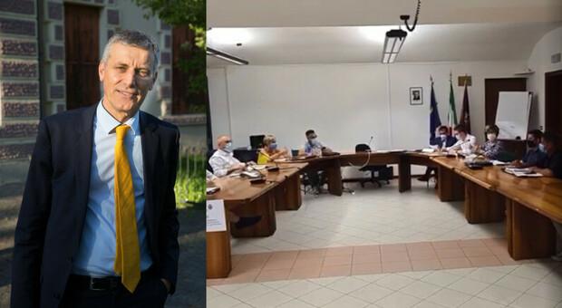 Il sindaco Cavazzana e la seduta del consiglio comunale