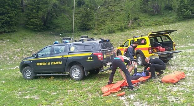 Intervento del soccorso alpino della Gdf (foto di repertorio)