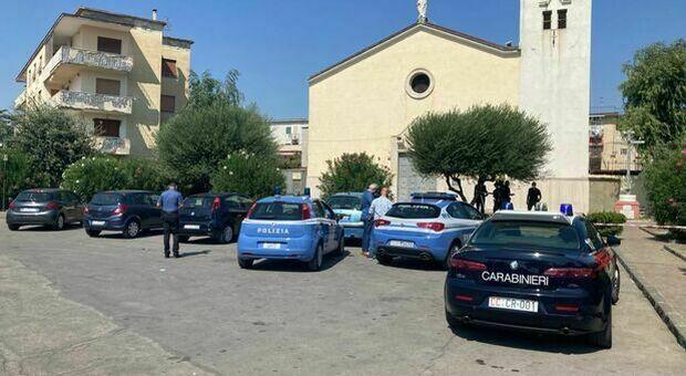 Napoli, ucciso davanti alla chiesa dopo la messa: 35enne colpito da una raffica di proiettili
