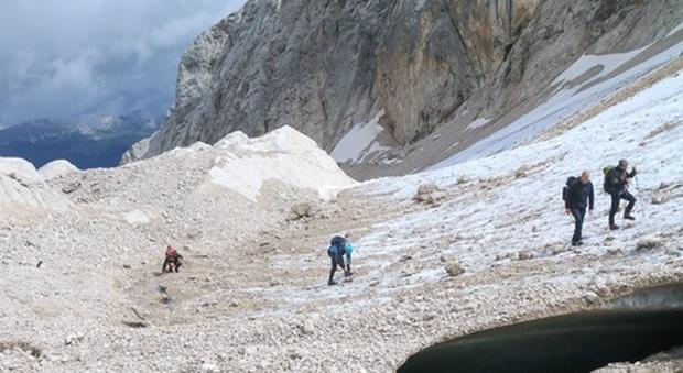 Emergenza Marmolada, il ghiacciaio ha perso oltre 6 metri in un anno