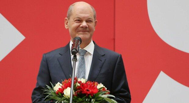 Elezioni Germania, i risultati: Spd vince (25,7%), crollo Cdu. Ora le trattative per il nuovo governo