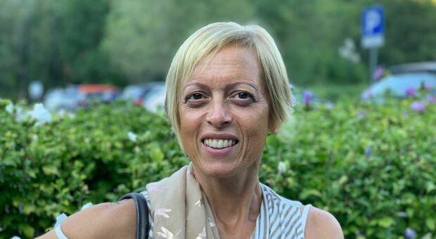 Roberta Salimbeni, la professoressa no-vax sospesa da scuola a Fabriano