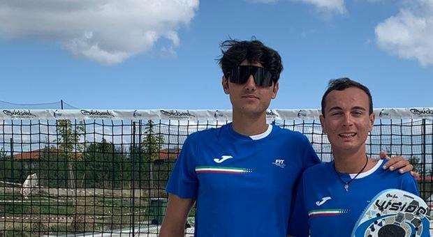 Beach tennis, Filippo Boscolo Meneguolo, chioggiotto di 17 anni, e Damiano Rosichini