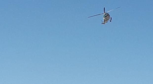Francia, elicottero della protezione civile precipita a Villard-de-Lans: un morto e 4 feriti