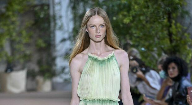 Milano Fashion Week, tornano le sfilate in presenza. Export in crescita