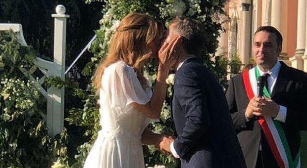 Matrimonio Bossari Lagerback : Matrimonio bossari e filippa lagerback le foto video