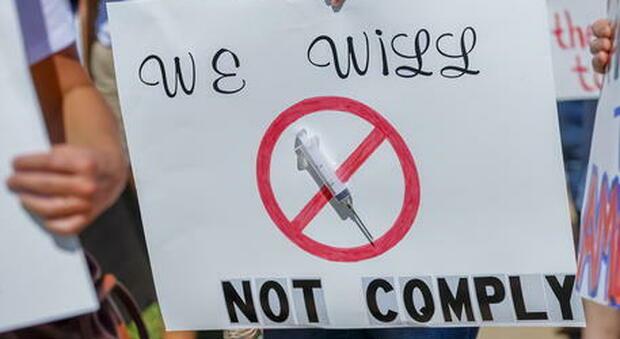No-vax, in Germania stipendio sospeso anche per chi finisce in quarantena
