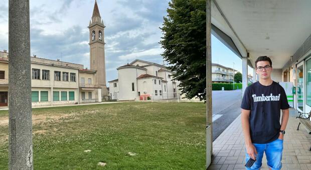 Il campo da calcio della parrocchia di Passarella di San Donà di Piave e Cristian Bottan
