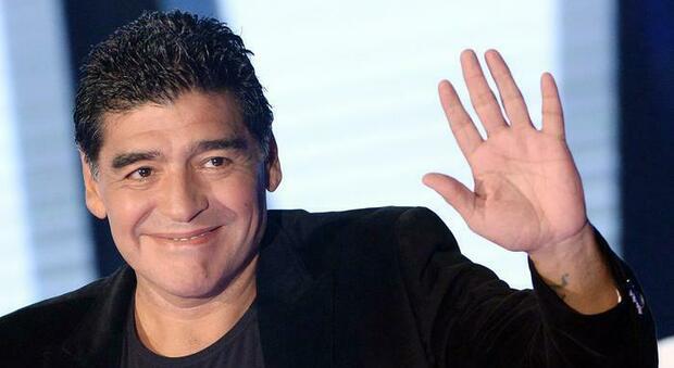 Diego Armando Maradona, il profilo torna attivo dopo un anno: il post è commovente
