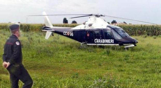 Elicottero Quattro Posti : Svegliati dall elicottero erano carabinieri a caccia di