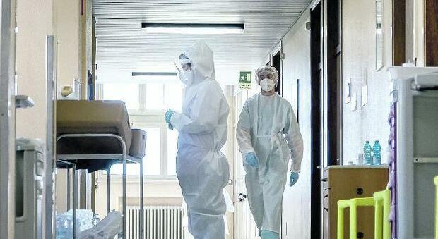 Infermiera sospesa dal lavoro ma si era vaccinata