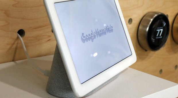 L'assistente vocale Google Home Hub