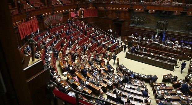 Green pass bis, metà dei deputati leghisti assenti al voto finale. Salvini: «Liberi di decidere»