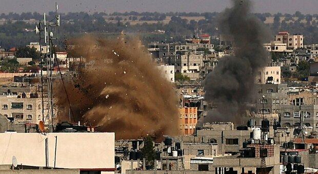 Israele, intenso lancio di razzi da Gaza. Si tratta il cessate il fuoco