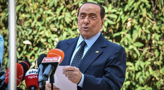 Berlusconi compie oggi 84 anni, festa in quarantena. Da Tajani alla Gelmini: «Auguri presidente»