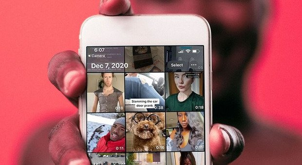 TikTok, imita Instagram e testa le Stories: un nuovo menù con video a scomparsa in 24 ore