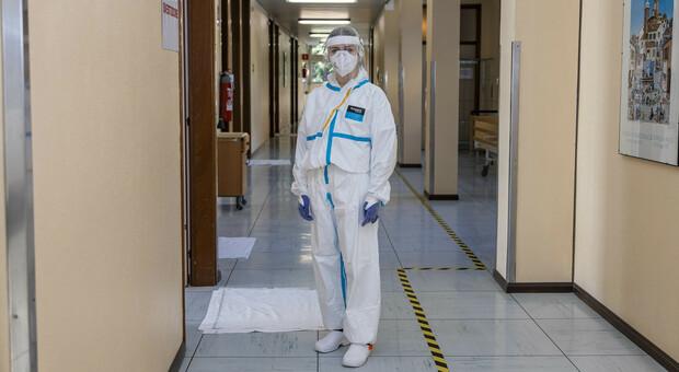 L'ospedale Guicciardini, già utilizzato durante il picco della pandemia, trasformato, assieme alla Rsa di Motta, in un Covid Hotel per le quarantene dei turisti positivi