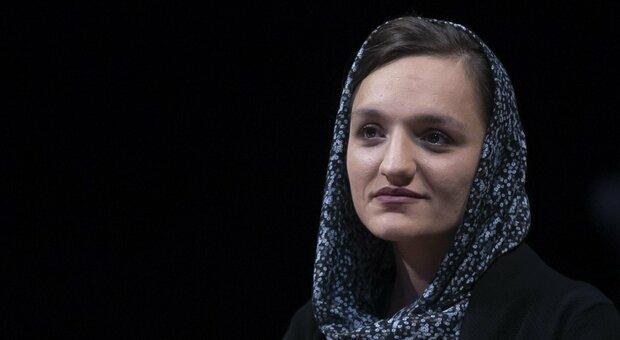 Afghanistan, la sindaca Zarifa Ghafari: «Parlare con i Talebani è la via per la ricostruzione del Paese»