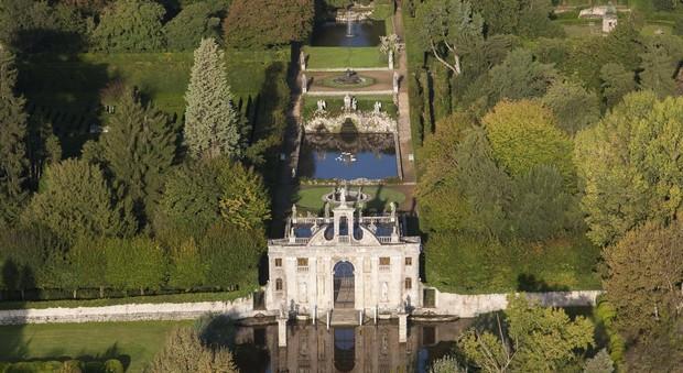 """Gli Euganei e il Giardino Valsanzibio a """"Striscia"""": «Un Paradiso di verde»"""
