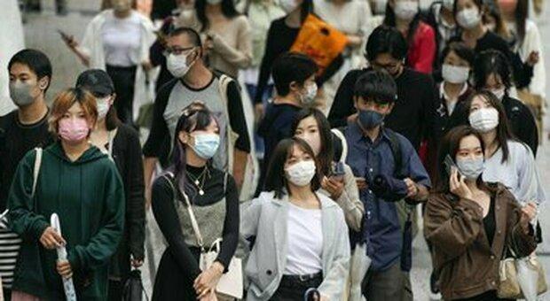 Covid, in Giappone vaccinato oltre il 50% della popolazione. Dopo inizio a rilento accelera la campagna