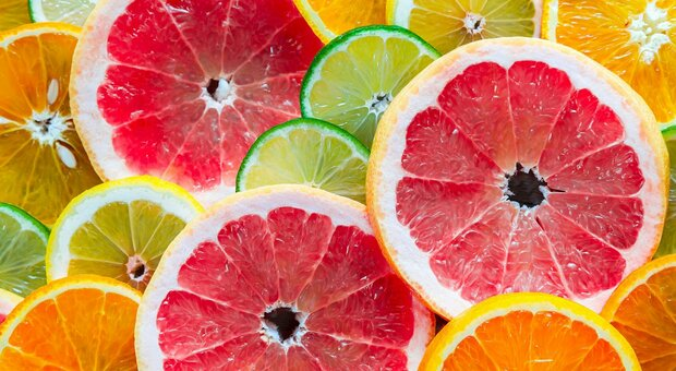 Frutta e verdura fresche e aumenta la felicità