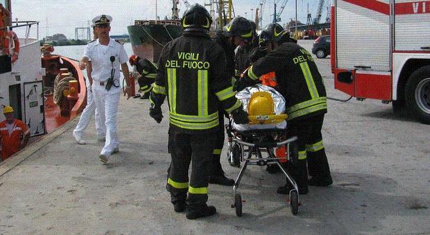 Infortunio mortale a Porto Nogaro: operaio schiacciato dal muletto