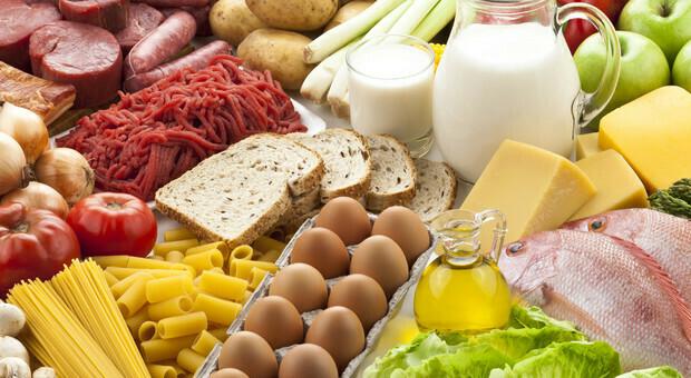 Dieta che sazia, -2kg in 4 giorni: in forma senza patir la fame. Ecco gli alimenti segreti