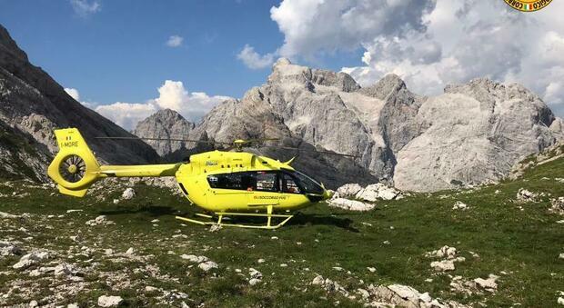 Escursionista soccorso con l'elicottero