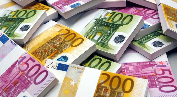 Ex bonus Renzi per i lavoratori dipendenti, ora è di 100 euro e spetta (anche) ai disoccupati
