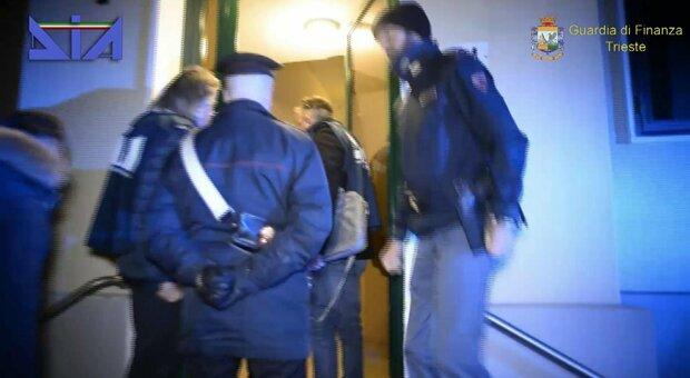 L'ombra della mafia a Bibione: al setaccio i conti degli ambulanti
