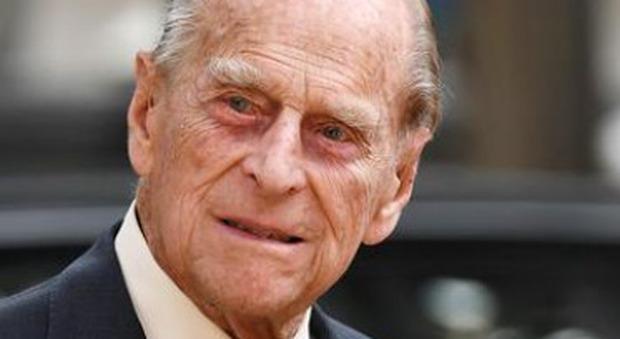 Principe Filippo, il testamento: dal segretario al cameriere, ecco chi erediterà 30 milioni di sterline