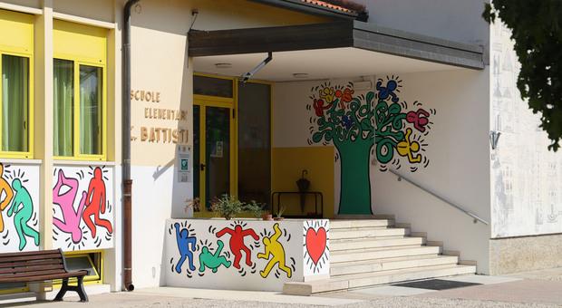 Maestra e bimbo positivi: chiusa una scuola elementare