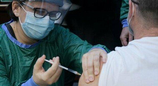 Sanitari No Vax: 91 sospensioni ma c'è chi cambia idea